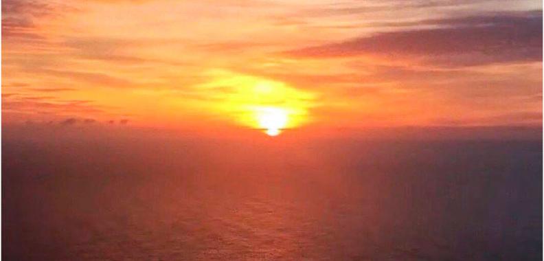 De ir a ver la salida del sol a La Mola a bañarse en la playa